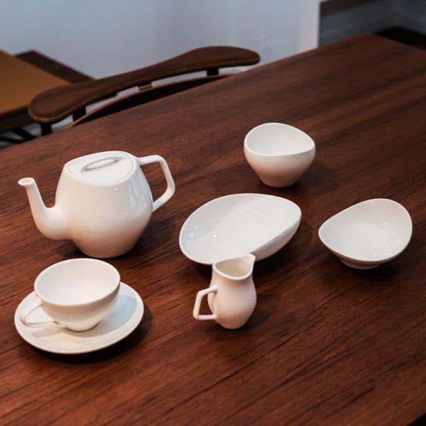 Architectmade-FJ-Essence-Porcelain-Tea-Set-Denmark-Finn-Juhl