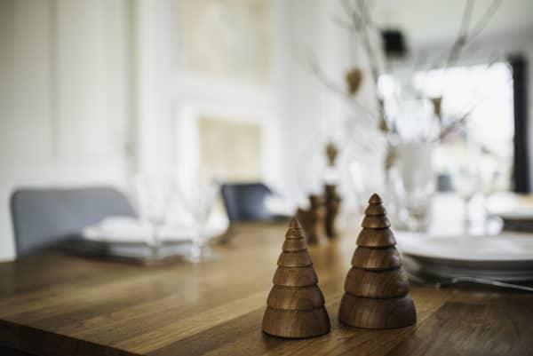 Architectmade-Jul-Christmas-Ornaments-Teak-Nikolaj-Klitgaard