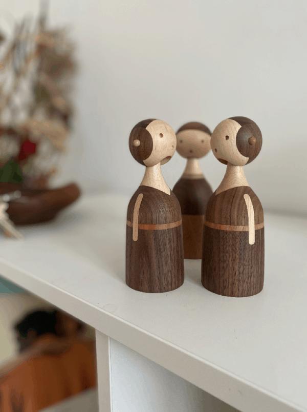 Architectmade-Kin-Family-Walnut-Mahogany-Maple-Wood-Denmark-Lars-Beller-Fjetland-3