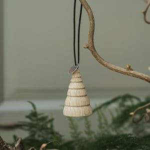 Jul – Hanging Ornaments