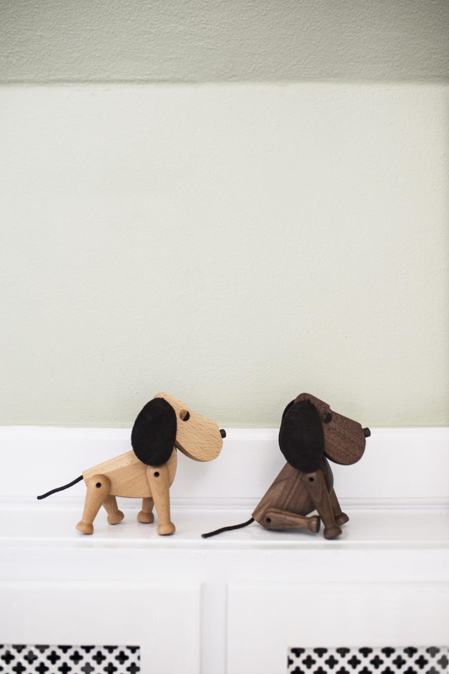 ARCHITECTMADE Oscar Bobby Beech Walnut Wood Dog Denmark Hans Bølling