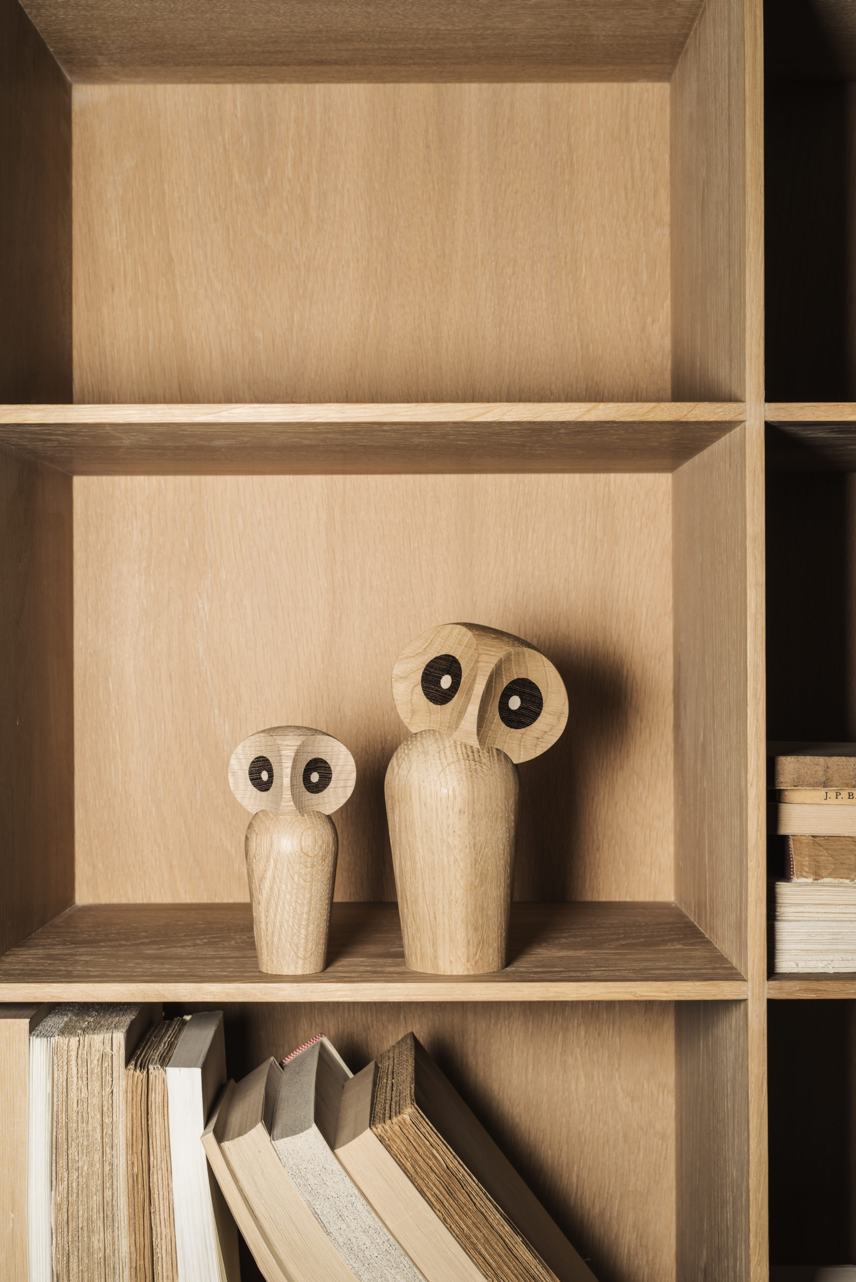 ARCHITECTMADE Owl Oak Wood Denmark Paul Anker Hansen