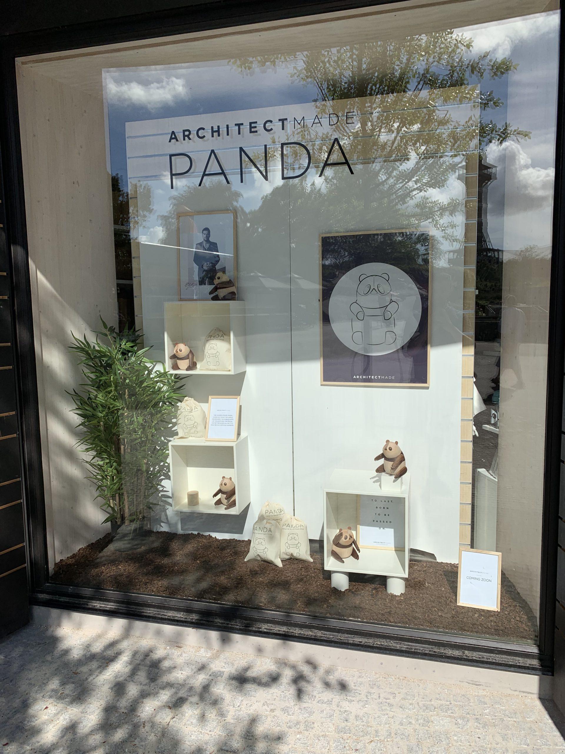 ARCHITECTMADE-Display-Panda