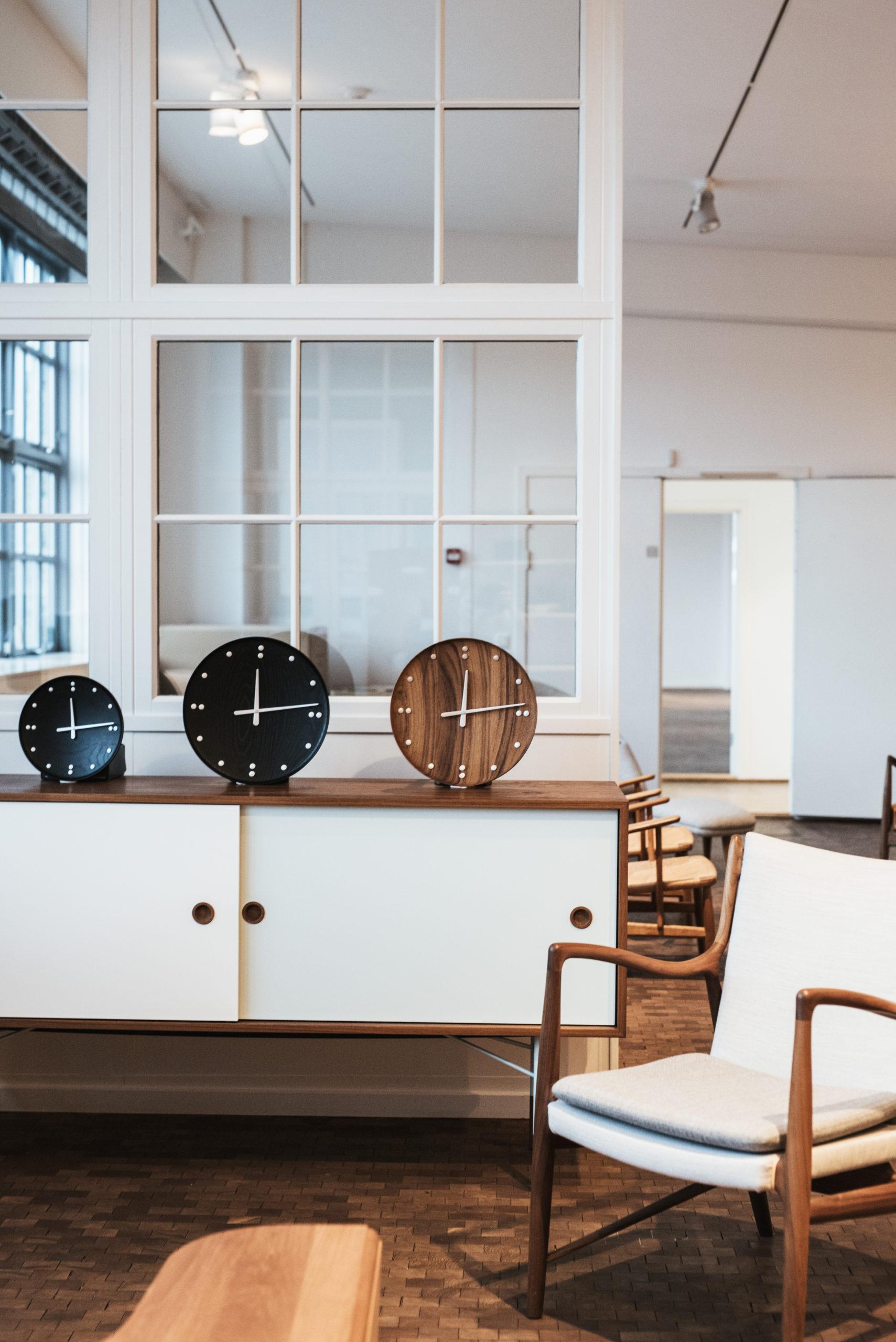 Architectmade-FJ-Clock-Wall-Clock-Teak-and-Ash-Wood-Denmark-Finn-Juhl-2