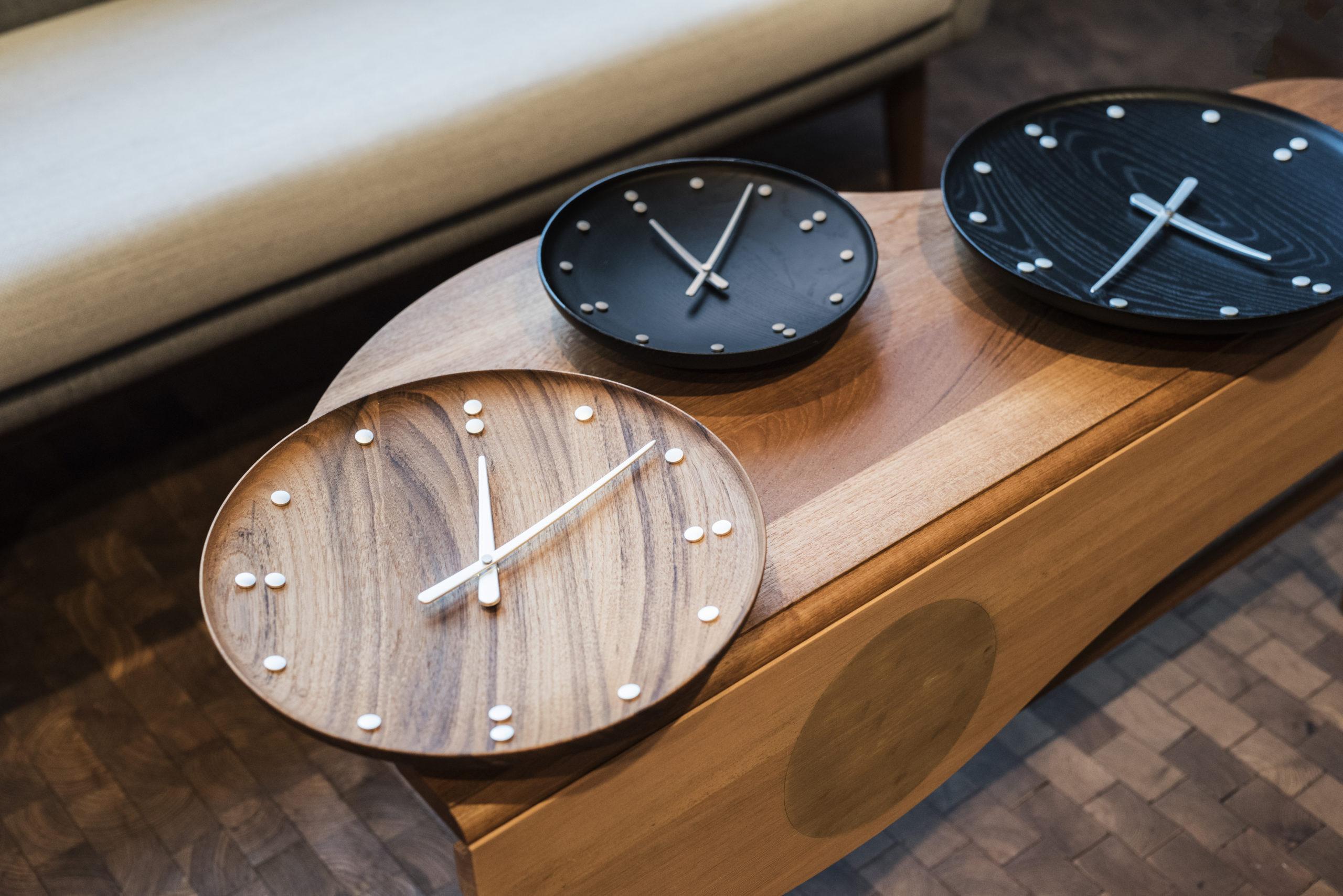 Architectmade-FJ-Clock-Wall-Clock-Teak-and-Ash-Wood-Denmark-Finn-Juhl-4