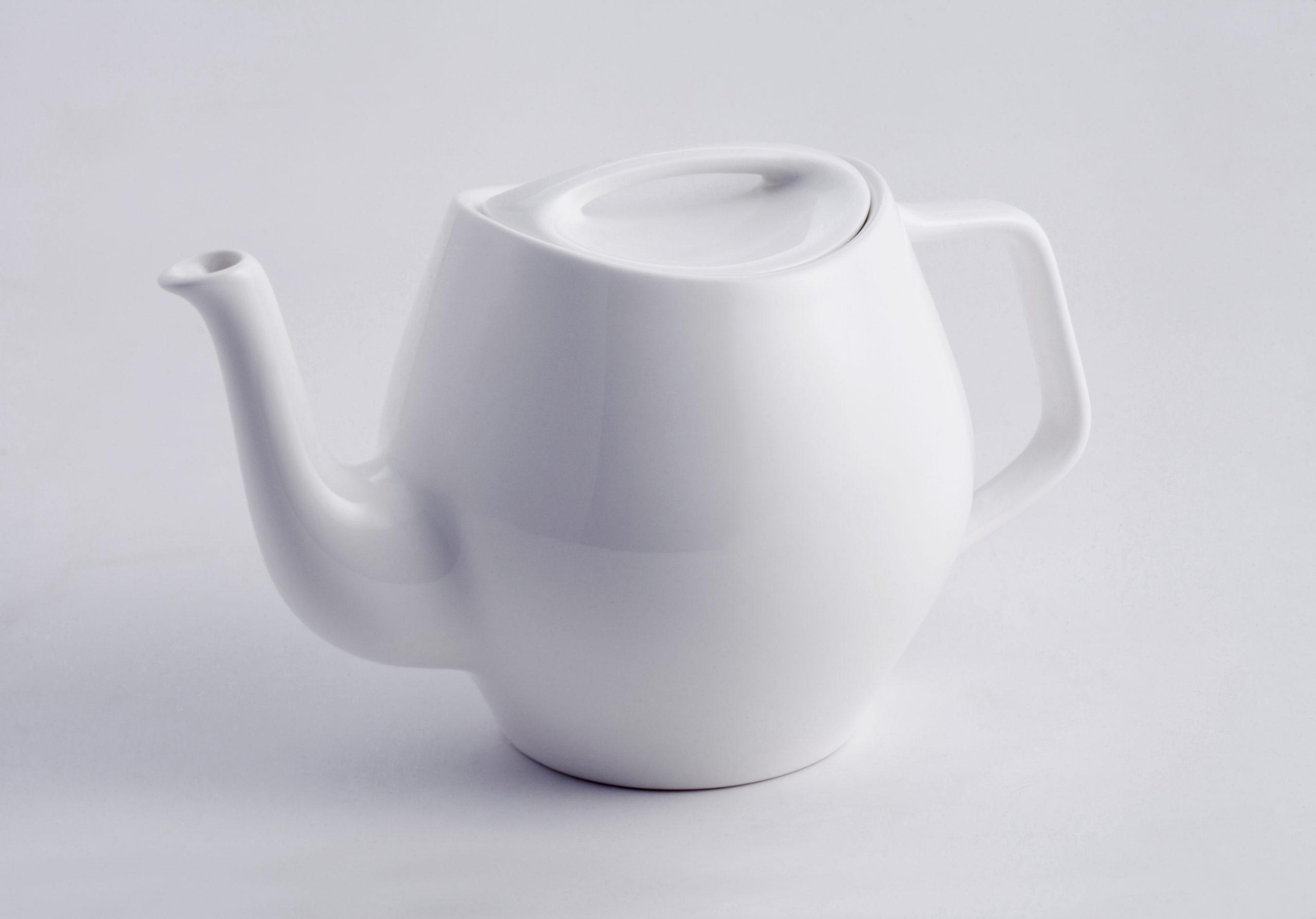 Architectmade-FJ-Essence-Teapot-Porcelain-Finn-Juhl