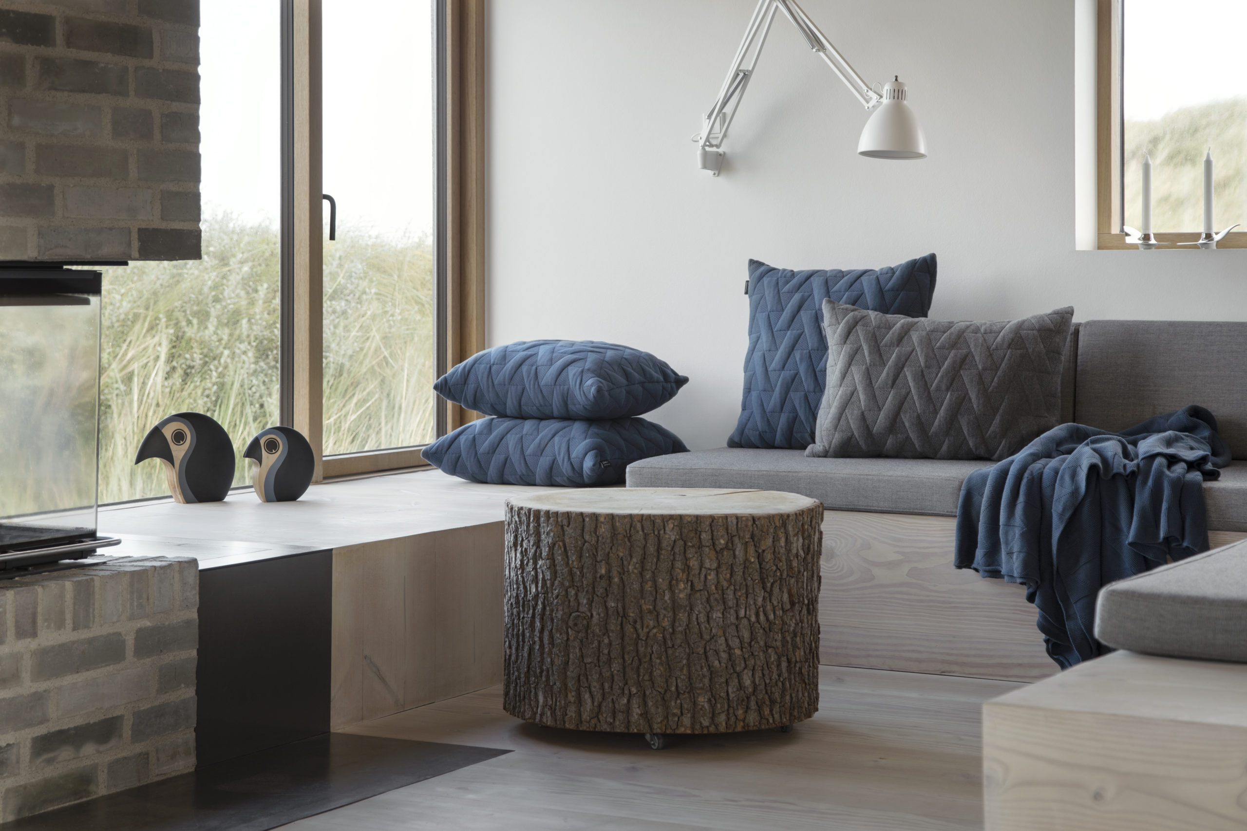 Architectmade-FJ-Pattern-Organic-Cotton-Pillows-Blankets-Denmark-Finn-Juhl-1