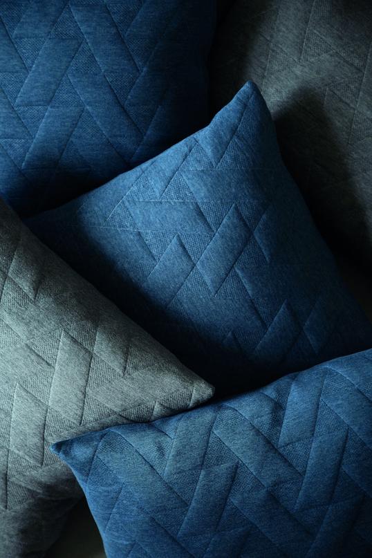 Architectmade-FJ-Pattern-Organic-Cotton-Pillows-Blankets-Denmark-Finn-Juhl-7