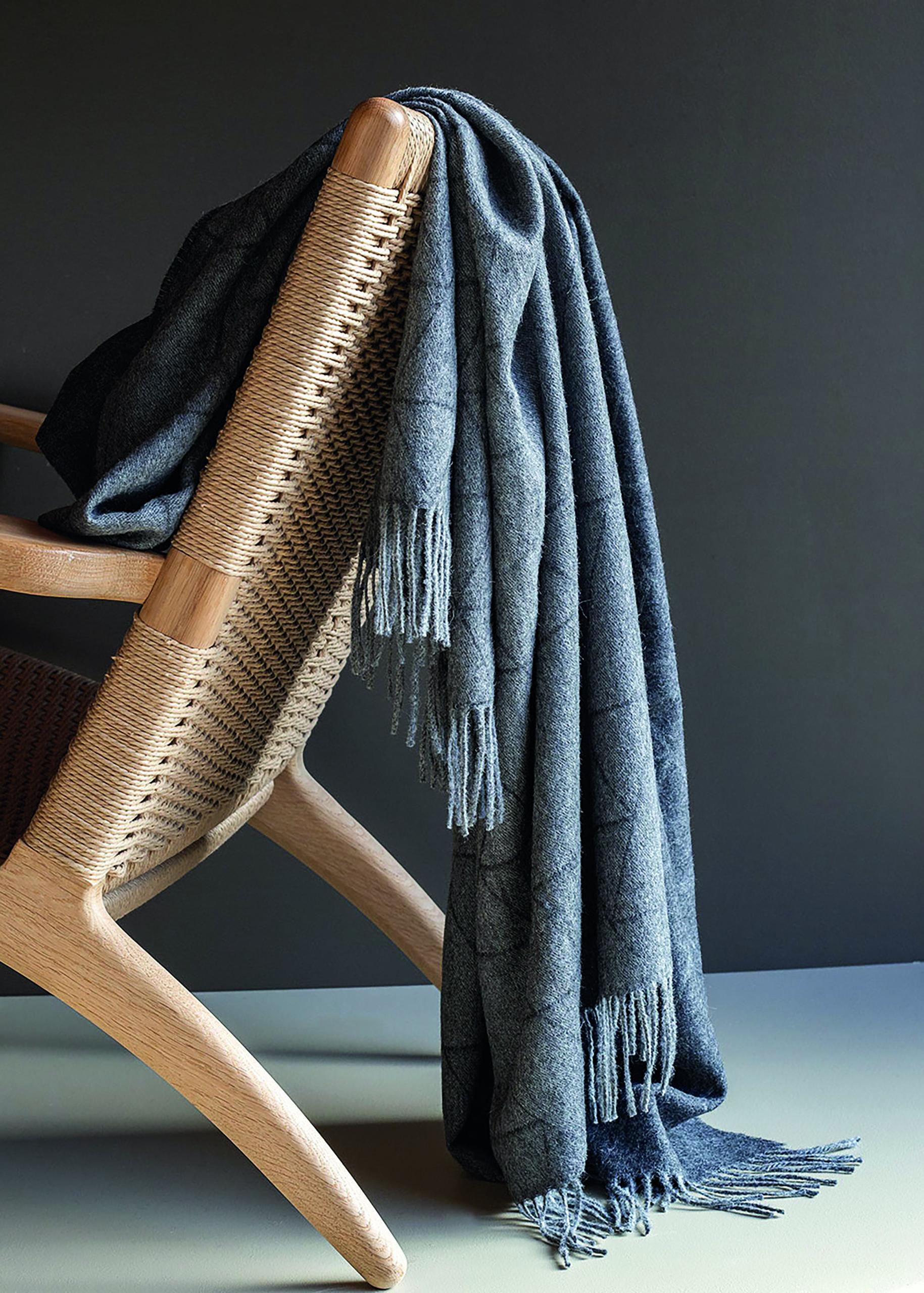 Architectmade-FJ-Pattern-Throw-Baby-Alpaca-Wool-Denmark-Finn-Juhl-3